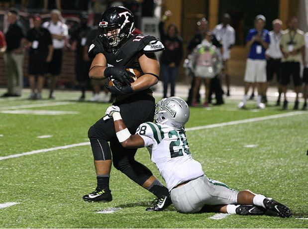 'Welcome to Texas'; Euless Trinity holds on to upset national No.1 De La Salle, 26-21